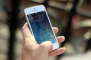 iphone-410324_1920
